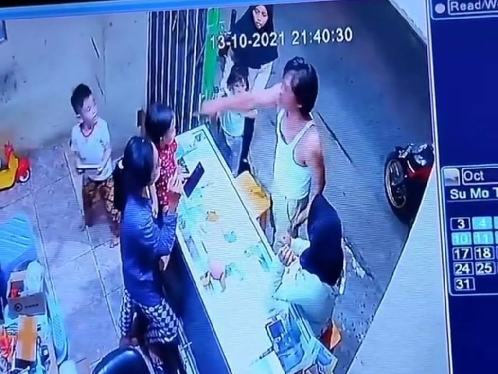 CCTV Perkuat Bukti Pria di Jakbar Jadi Tersangka Gegara Cekcok Cuci Kaki