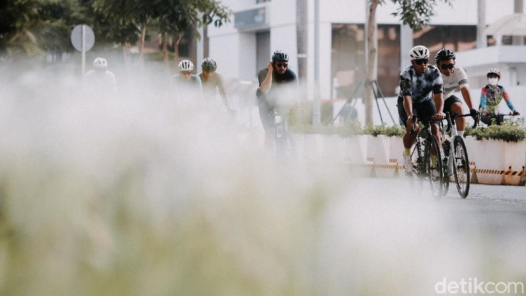Asyik...Sepeda Balap Boleh Ngegas Lagi di Jalanan Jakarta