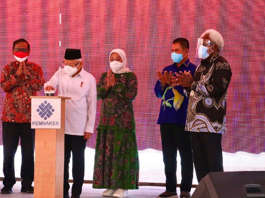Wapres-Menaker Resmikan Pembangunan 21 BLK di Papua dan Papua Barat