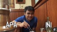 Asnawi Mangkualam Cicip Daging Mentah di Korea, Begini Reaksinya