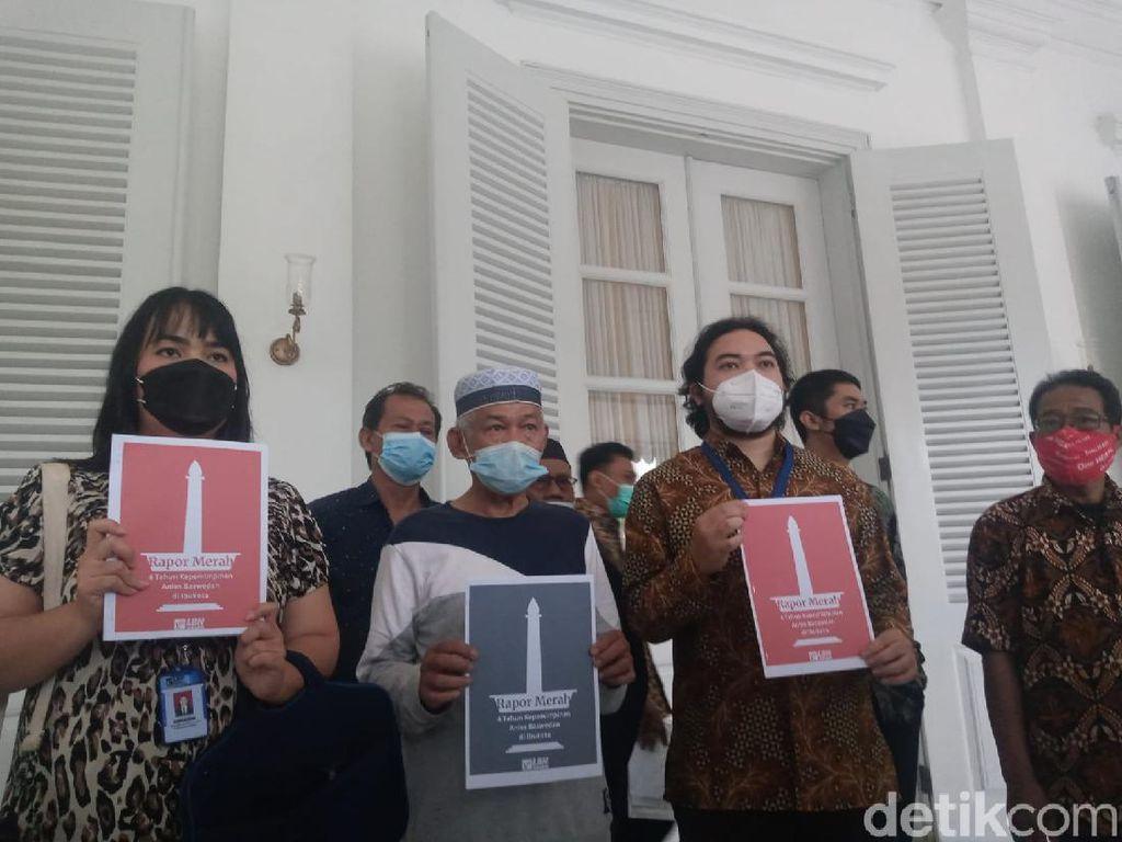 LBH Jakarta Serahkan 10 Poin Rapor Merah 4 Tahun Kepemimpinan Anies