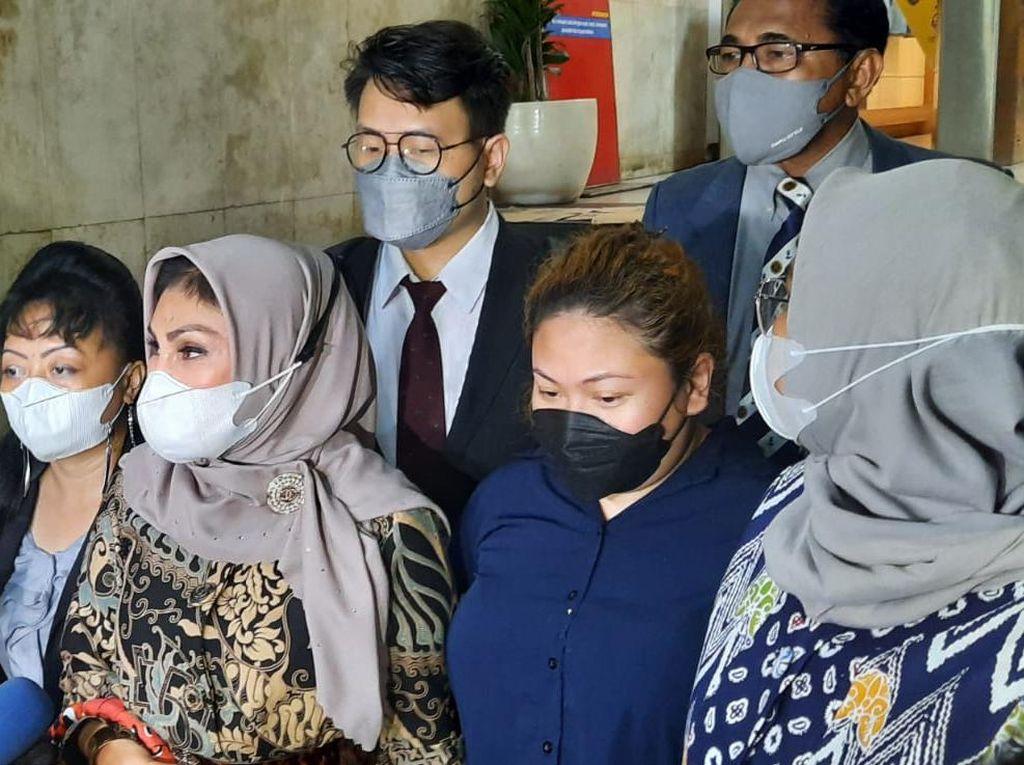7 Jam Pemeriksaan, Anak Nia Daniaty Dicecar 42 Pertanyaan soal CPNS Fiktif