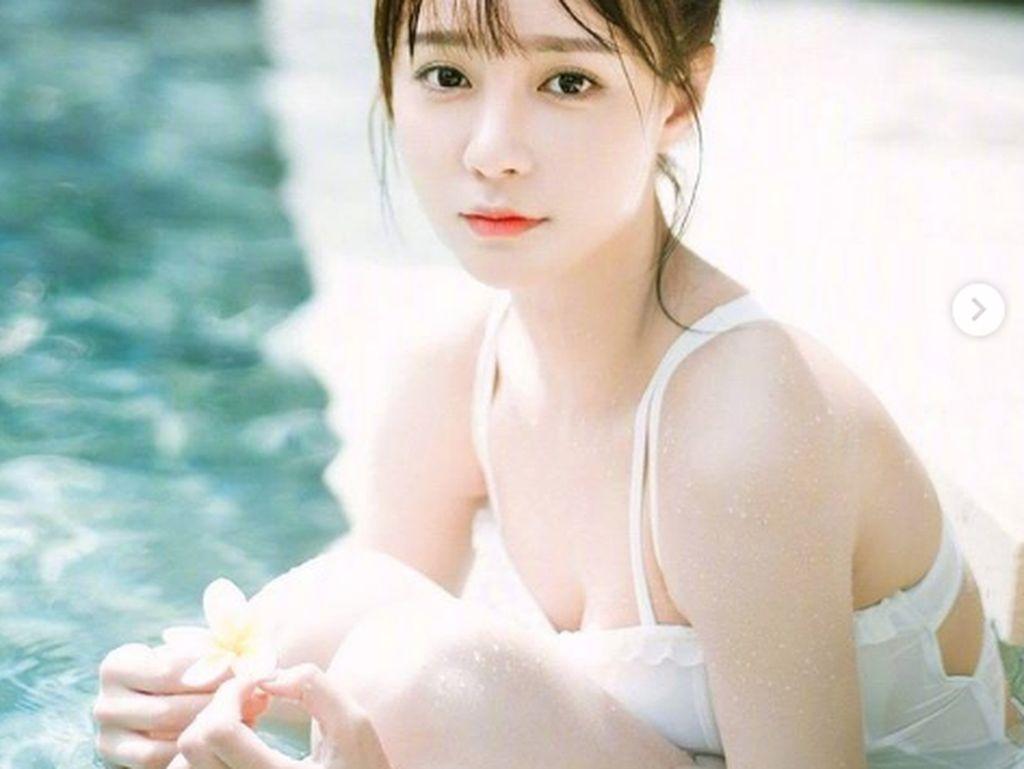 Aktris China Ini Dikecam Usai Jual Barang Bekas Lebih Mahal dari Toko