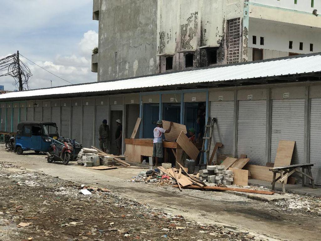 Siap Huni, Kios di Pasar Kambing Tanah Abang Mulai Ditata Pedagang