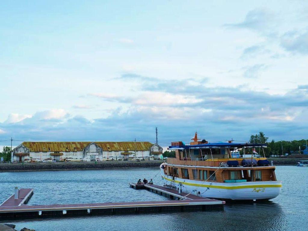 Banyuwangi Gelar Moslem Fashion di Dermaga Yacht Marina Boom Saat Weekend