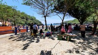 Libur Maulid, Ribuan Orang ke Pantai Gunungkidul