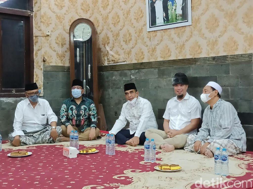 Kunjungi Ponpes Zainul Hasan Genggong, Muzani Mohon Doa Restu Prabowo Capres 2024