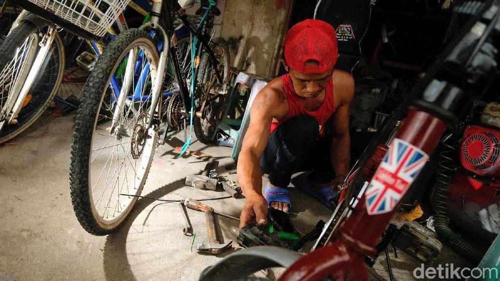 Geliat Servis-Jual Sepeda Bekas Bertahan di Tengah Pandemi