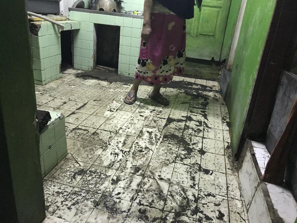 Got Meluap Banjiri Rumah di Jl Petamburan III Tanah Abang Jakpus