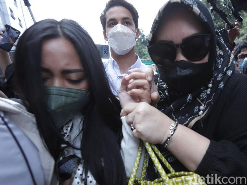 2 Oknum TNI Bantu Rachel Vennya Kabur Dikembalikan ke Kesatuannya