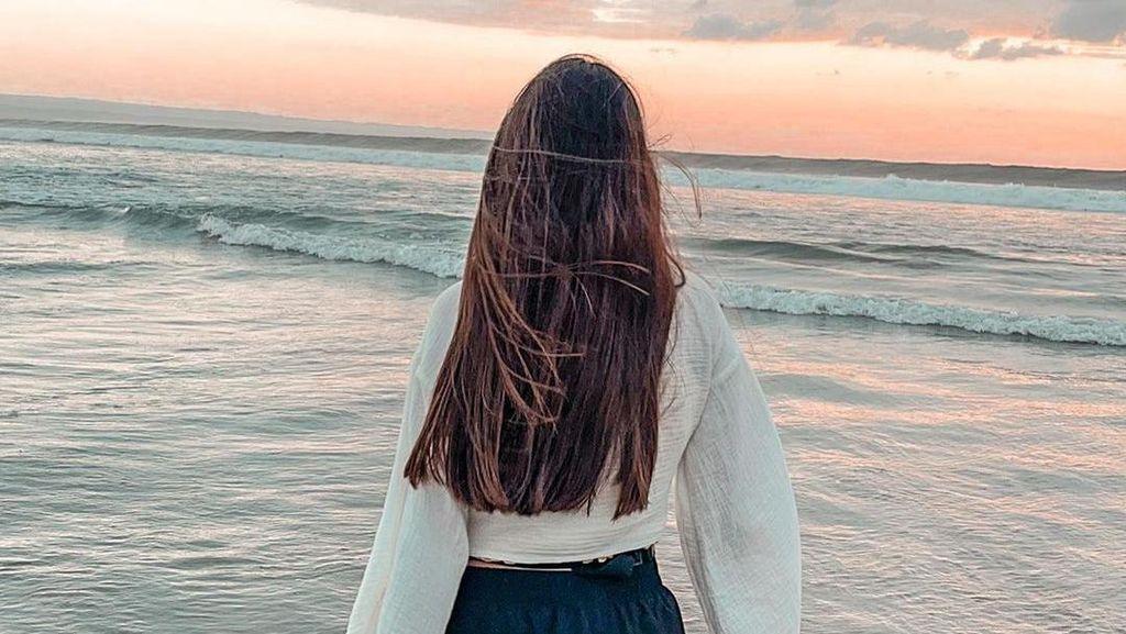 Ini Ria Andrews, Cewek Rambut Panjang yang Diduga Ada di Video Stefan William
