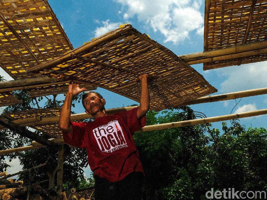 Usaha Kerupuk di Grobogan Ini Bertahan 93 Tahun Lho