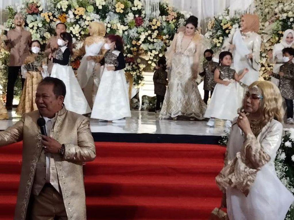 Bupati Jember Nyanyi-Joget di Pernikahan Tanpa Masker, Ini Kata Satgas COVID-19