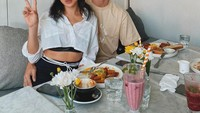 Sah! Intip Lagi Momen Jessica Iskandar dan Vincent Verhaag Saat Makan Steak