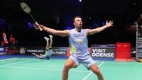 Rasmussen Sampai Axelsen, Beragam Aksi Joged di Denmark Open 2021