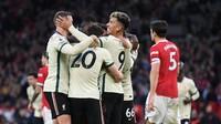 Satu Lagi, Viral Jersey Unik Liverpool Bantai MU Five Kosong
