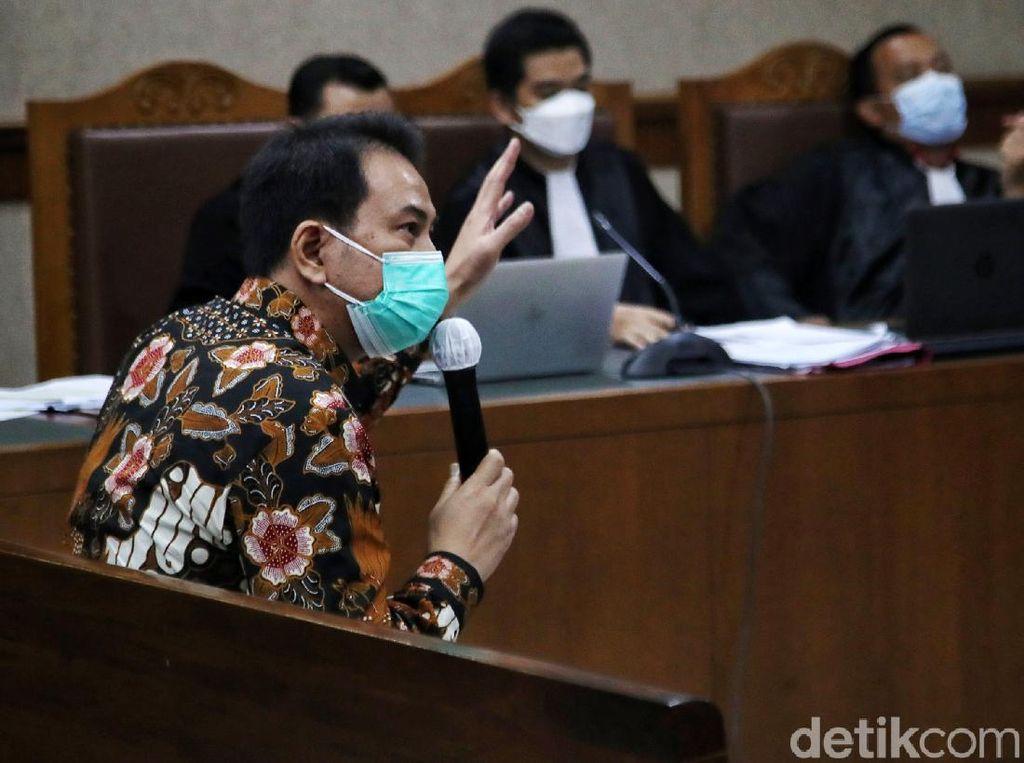 Azis Syamsuddin Bantah Kenalkan AKP Robin ke M Syahrial-Rita Widyasari