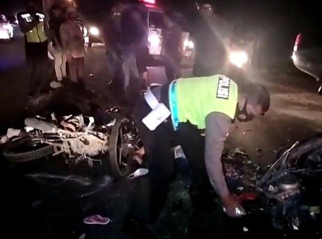 Tabrakan Maut 2 Sepeda Motor di Asahan Sumut, Sekeluarga Tewas