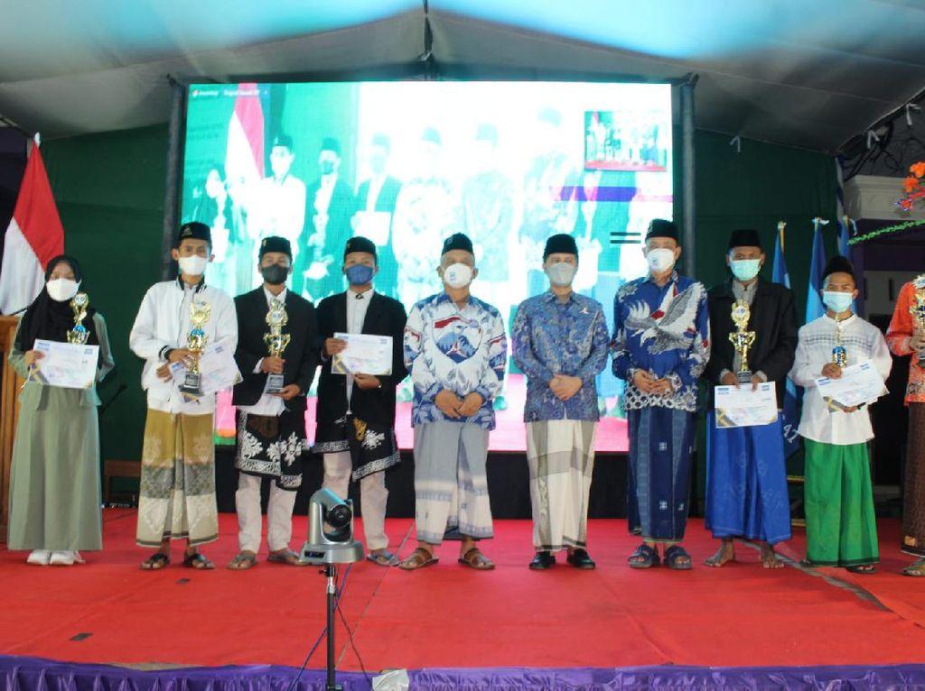 Demokrat Rayakan HSN di Banyuwangi, 160 Kiai Gabung Partai