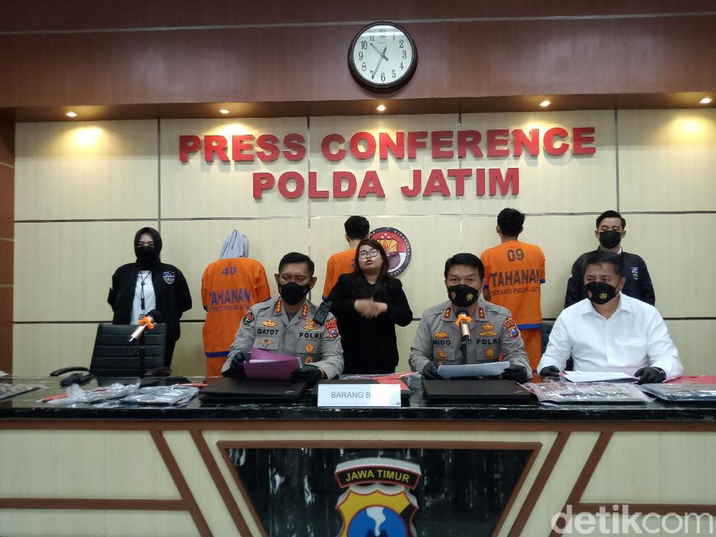 Polisi Buru Pimpinan Pinjol Ilegal di Surabaya yang WNI Tapi di Luar Negeri