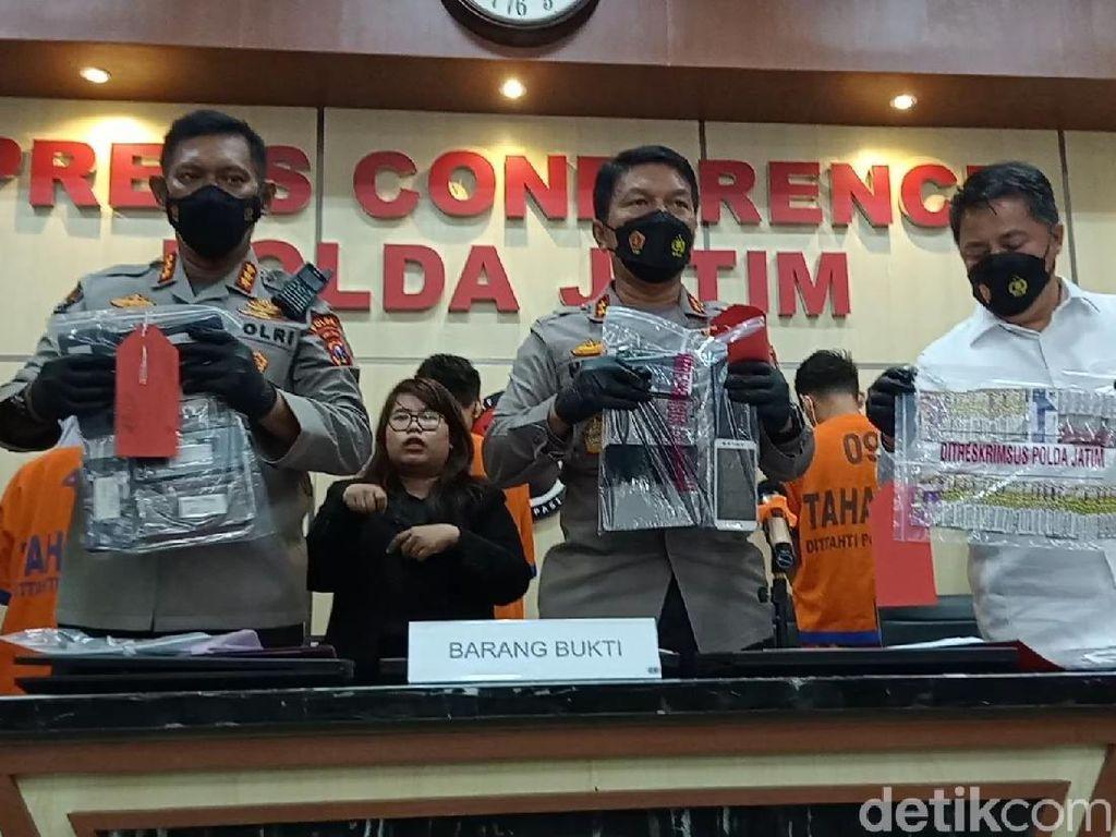 Cerita Polisi Sempat Kesulitan Bongkar Jaringan Pinjol Ilegal di Surabaya