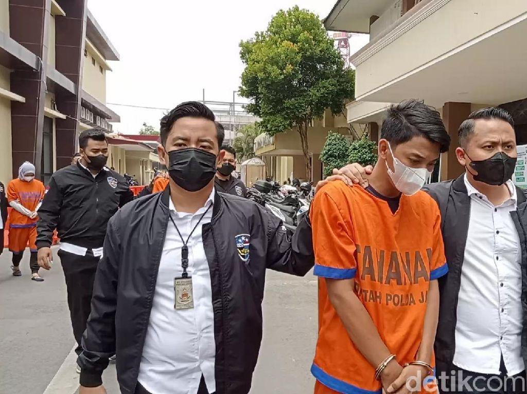 Berapa Gaji dan Insentif Tersangka Pinjol Ilegal di Surabaya?