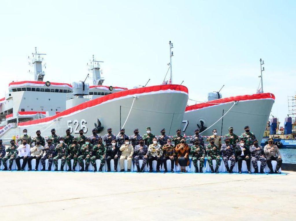 Ini Spesifikasi 2 Kapal Pengangkut Tank Buatan Lokal Milik TNI AL