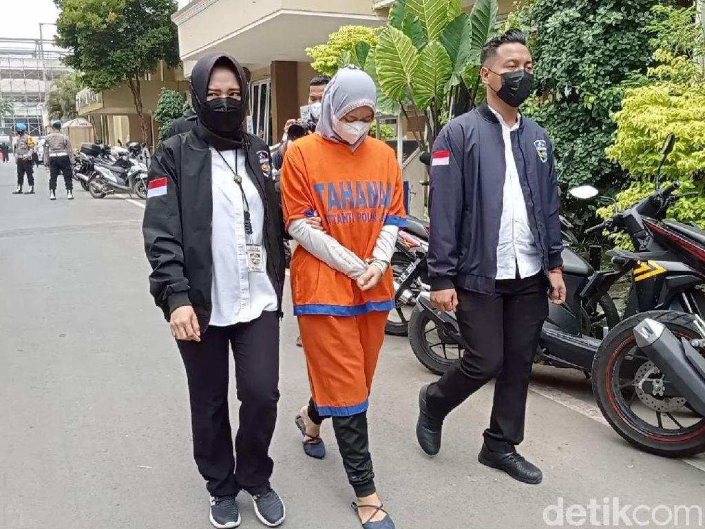 Satu Tersangka Pinjol Ilegal di Surabaya Ibu Rumah Tangga Asal Bogor