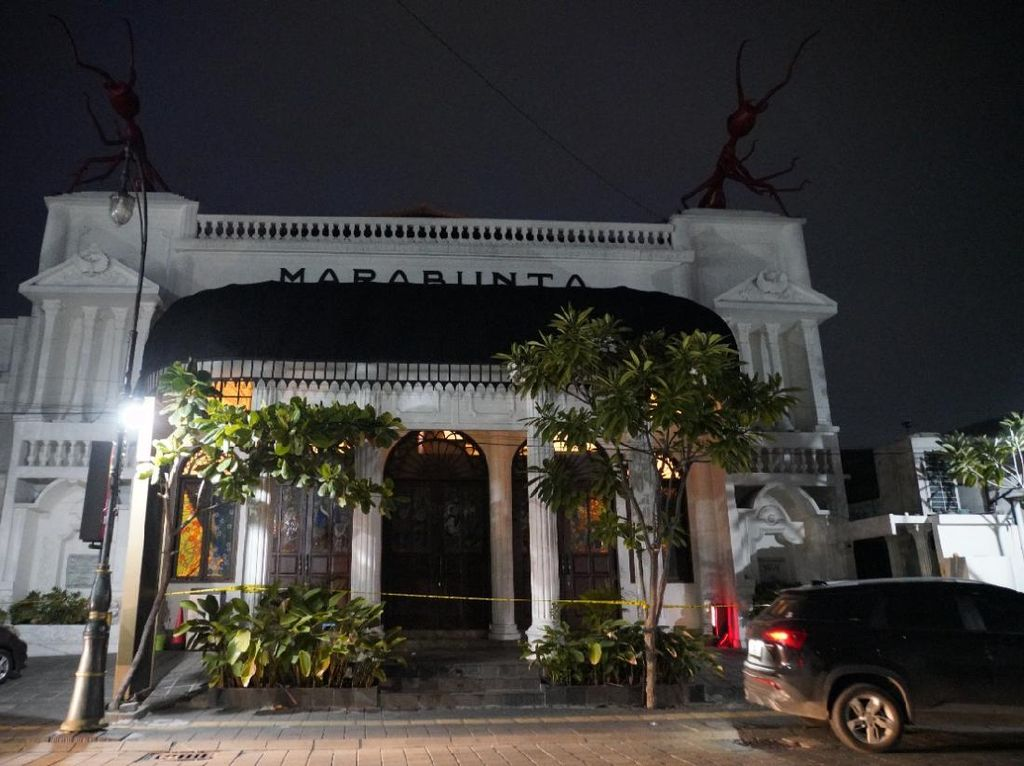 Langgar PPKM Level 1, 2 Kafe di Kota Lama Semarang Disegel