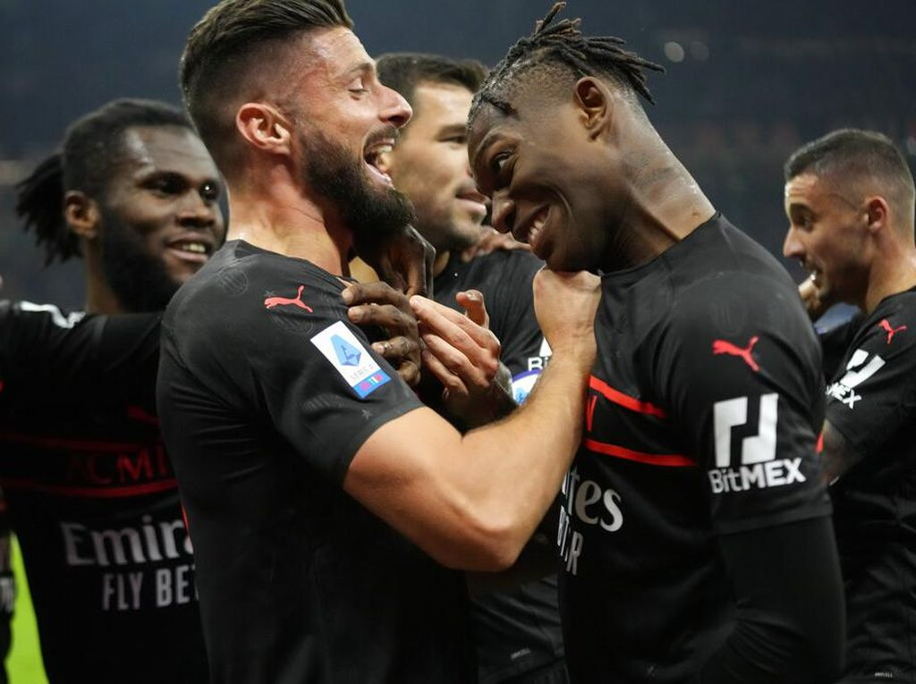 Milan Vs Torino: Giroud Menangkan Rossoneri