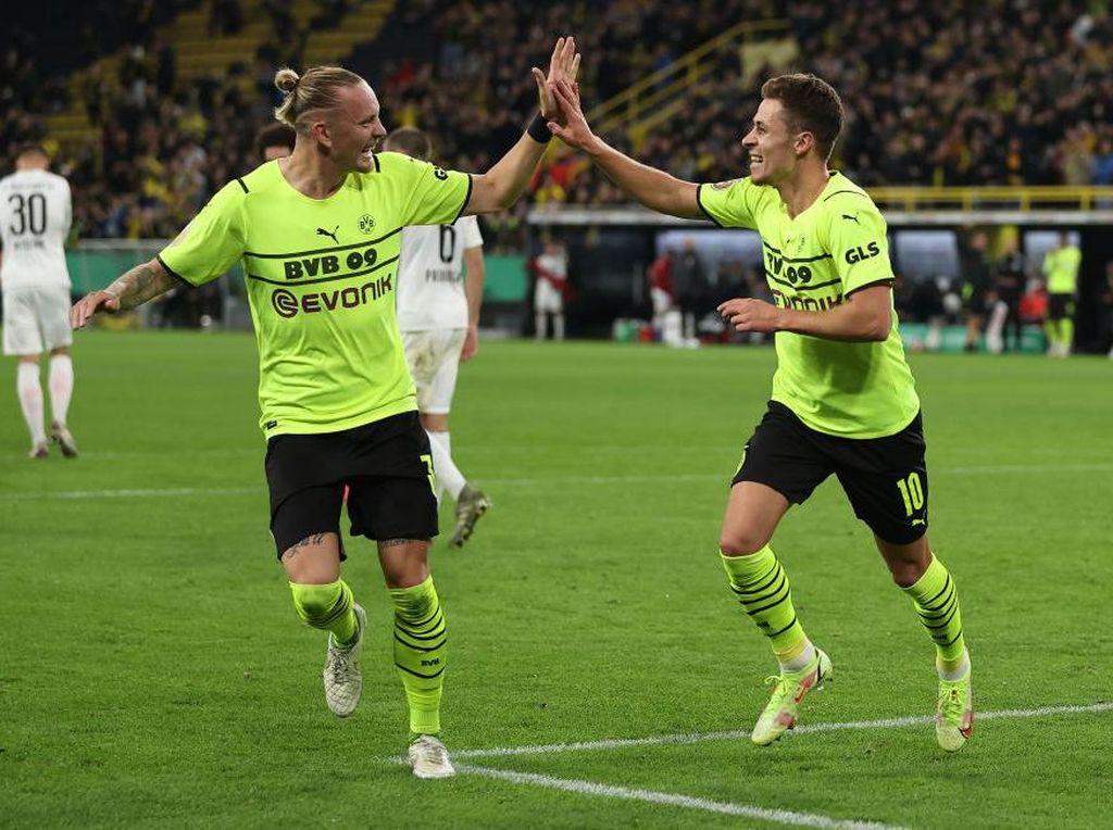 DFB Pokal: Hazard 2 Gol, Dortmund Atasi Ingolstadt