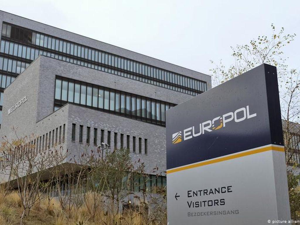 Europol Berhasil Tangkap 150 Vendor Darknet High Profile