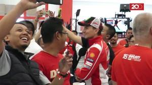 Lihat-lihat Ducati dan Atmosfer MotoGP