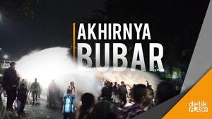 Sempat Panas, Pendukung Ahok di Depan PT DKI Akhirnya Bubar