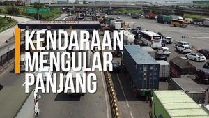Parahnya Kemacetan Menuju GT Cikarang Utama Dilihat dari Langit