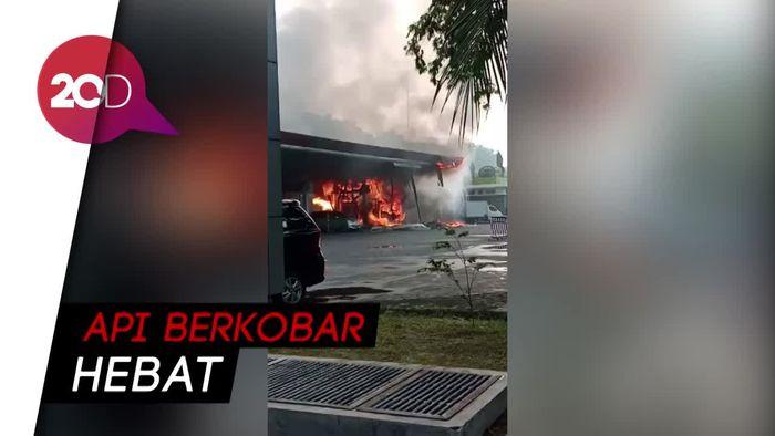 SPBU di Surabaya Terbakar