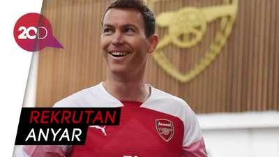 Lichtsteiner Berlabuh ke Arsenal