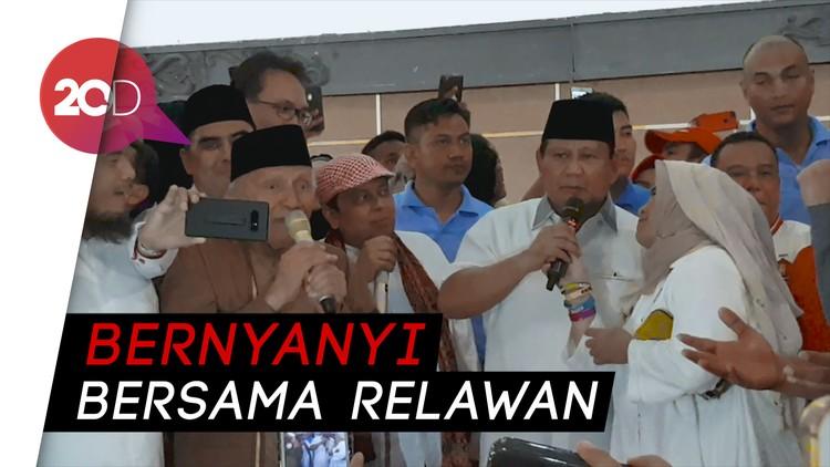 Prabowo, Neno dan Amien Rais Nyanyi Bareng Lagu Perjuangan