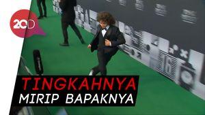 Tingkah Anak Marcelo Kolongin Orang di Red Carpet