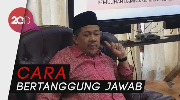 Fahri Hamzah Minta Jokowi Umumkan Kenaikan Harga BBM