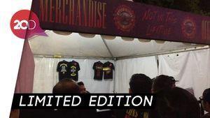 Merchandise Guns N' Roses Ramai Diburu Penonton