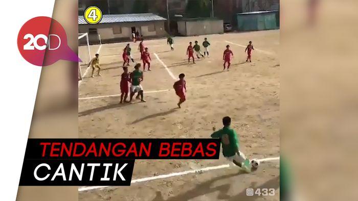 Lengkungan Indah Kroos di Piala Dunia 2018 Ditiru Seorang Bocah