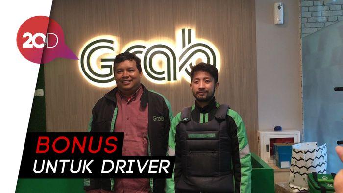 Grab Berangkatkan 60 Driver Umrah Gratis