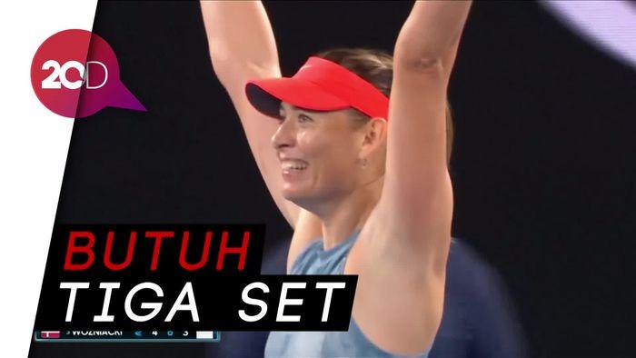Sharapova Sukses Taklukkan Wozniacki