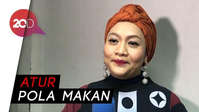Cerita Sukses Tike Priyatna Turunkan Berat Badan 25 Kg 73cc872a08