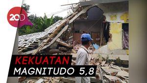 Proses Evakuasi 5 Korban Gempa Lombok