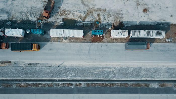 Rest Area Kontainer Berjejer di Tol Terpanjang RI