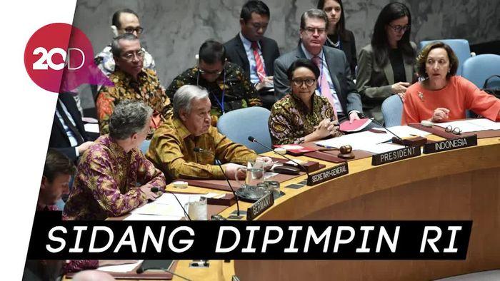 Kala Delegasi Dewan Keamanan dan Sekjen PBB Bersidang Pakai Batik