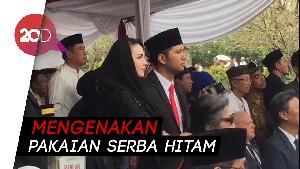 Arumi Bachsin dan Emil Dardak Hadiri Pemakaman Ani Yudhoyono