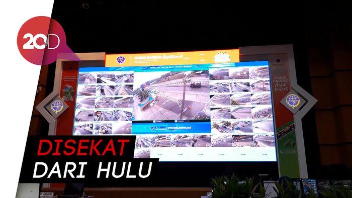 Jika Menumpuk, Kendaraan Masuk Tol Trans Jawa akan Dibatasi